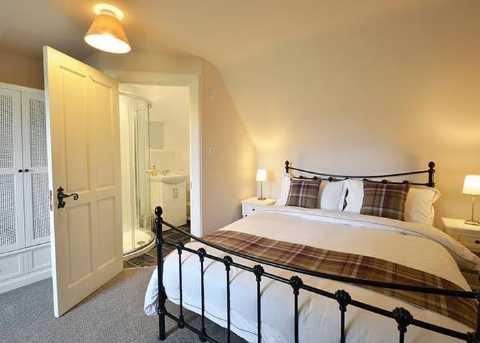 Redhill-Farmhouse-Double-Bedroom