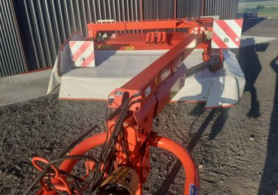 KUHN Trailed mower Conditioner